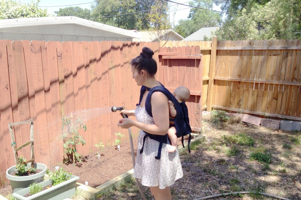 baby-wearing-garden