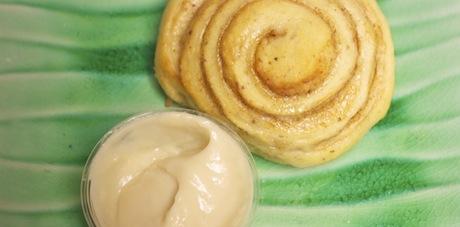 Vegan-Cinnamon-Roll