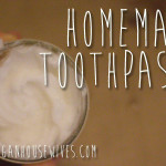 Homemade-Toothpaste-coconutoil